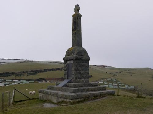 War Memorial Borth