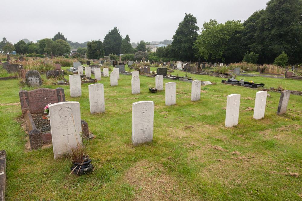 Commonwealth War Graves Llanion Cemetery