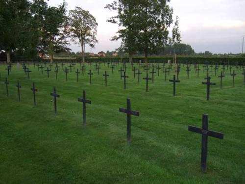 Duitse Oorlogsbegraafplaats Sailly-sur-la-Lys