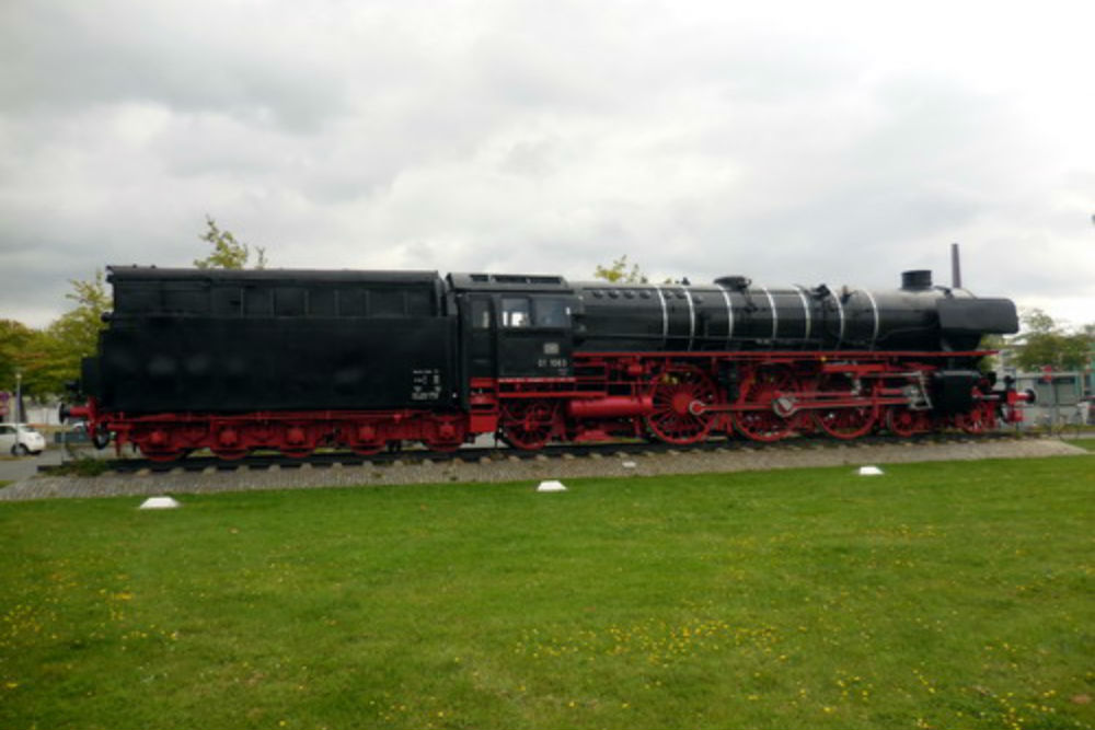 Memorial Dampflok Locomotive 01 1063