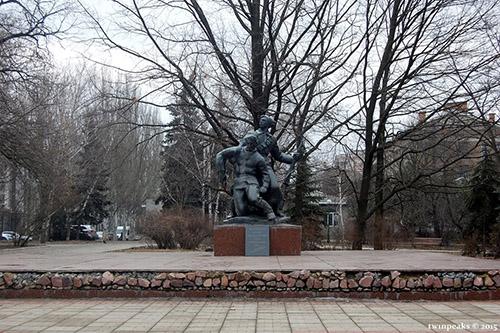 Mass Grave Soviet Partisans & Soldiers 1919-1943