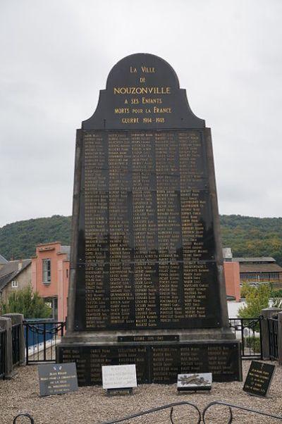 Oorlogsmonument Nouzonville