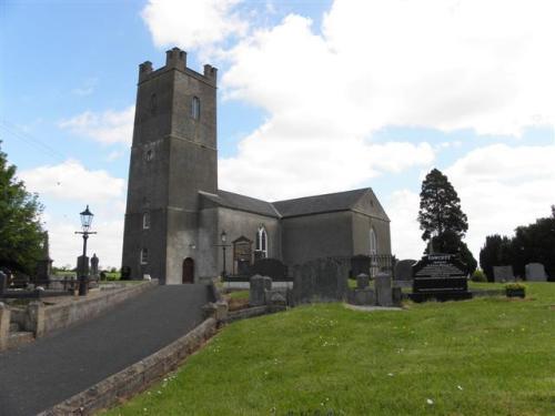 Oorlogsgraven van het Gemenebest St. Comgall Church of Ireland Churchyard
