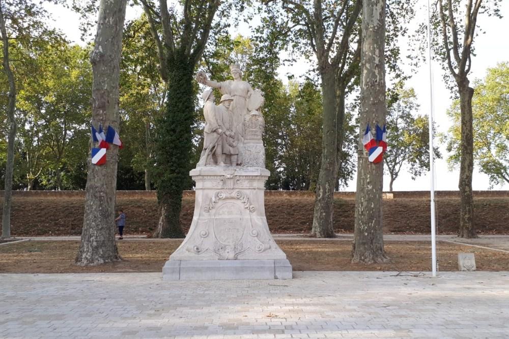 War Memorial Amboise