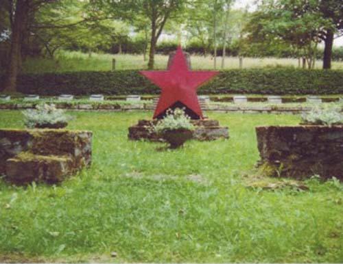 Sovjet Oorlogsbegraafplaats Ziegenrück