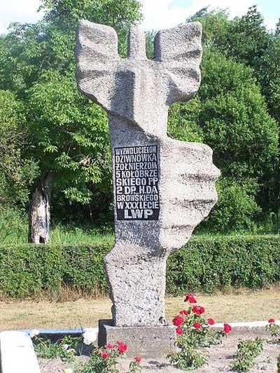 Monument Slag om Dziwnówek