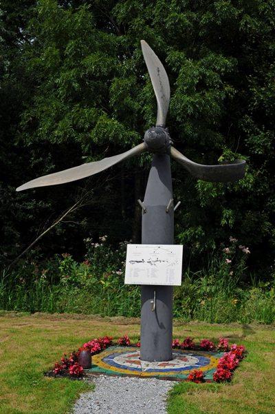 Monument Vliegtuigcrashes Jisp