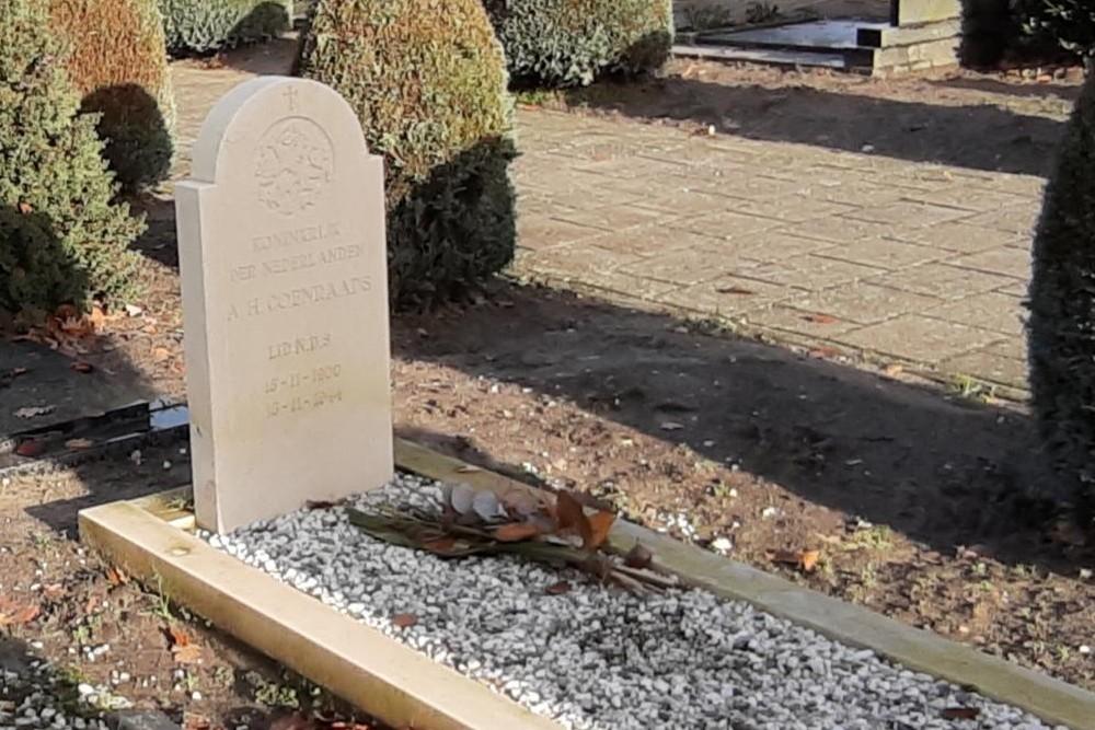 Nederlandse Oorlogsgraven Rooms Katholieke Begraafplaats Nispen