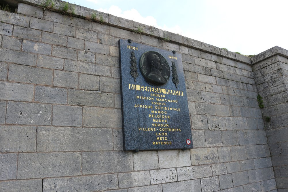 Plaque General Charles Mangin