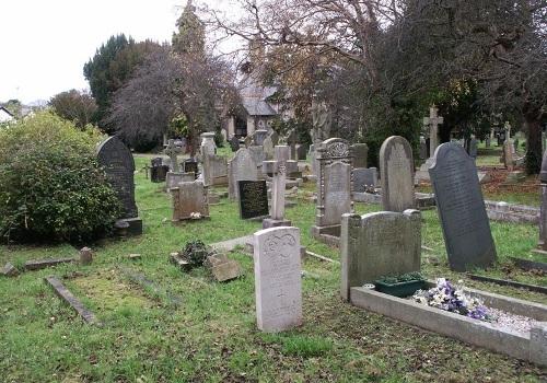 Commonwealth War Graves St Bridget Churchyard