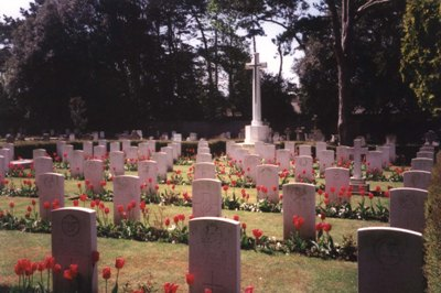 Commonwealth War Graves Bournemouth East Cemetery