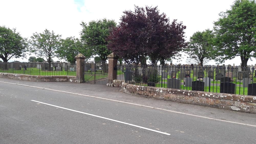Commonwealth War Graves Dornock Cemetery