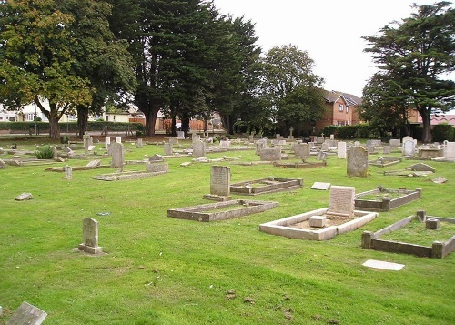 Commonwealth War Graves Sandown Cemetery