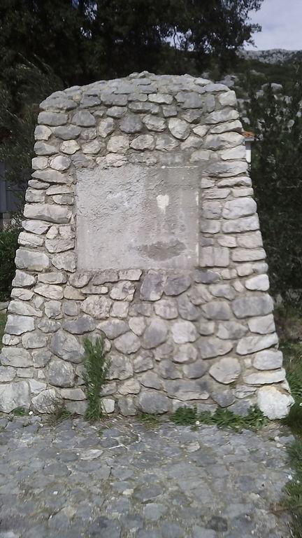 Monument Omgekomen Partizanen Stanović