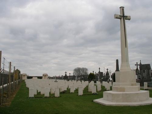 Oorlogsgraven van het Gemenebest Estaires Extension