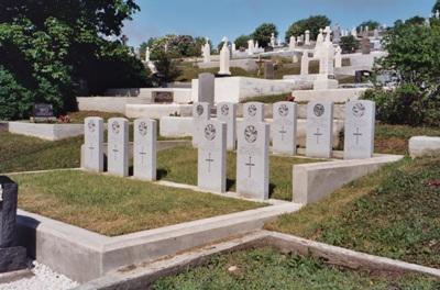 Commonwealth War Graves Mont Carmel Roman Catholic Cemetery