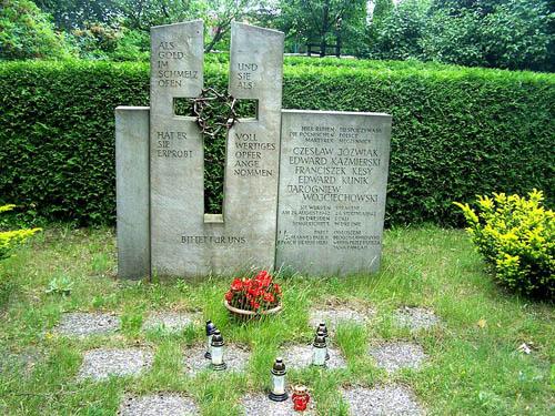 Graven Poolse & Tsjechoslowaakse Verzetslieden