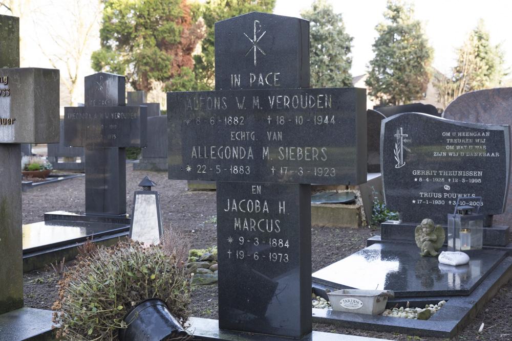 Nederlands Oorlogsgraf Begraafplaats Parochie Middelaar