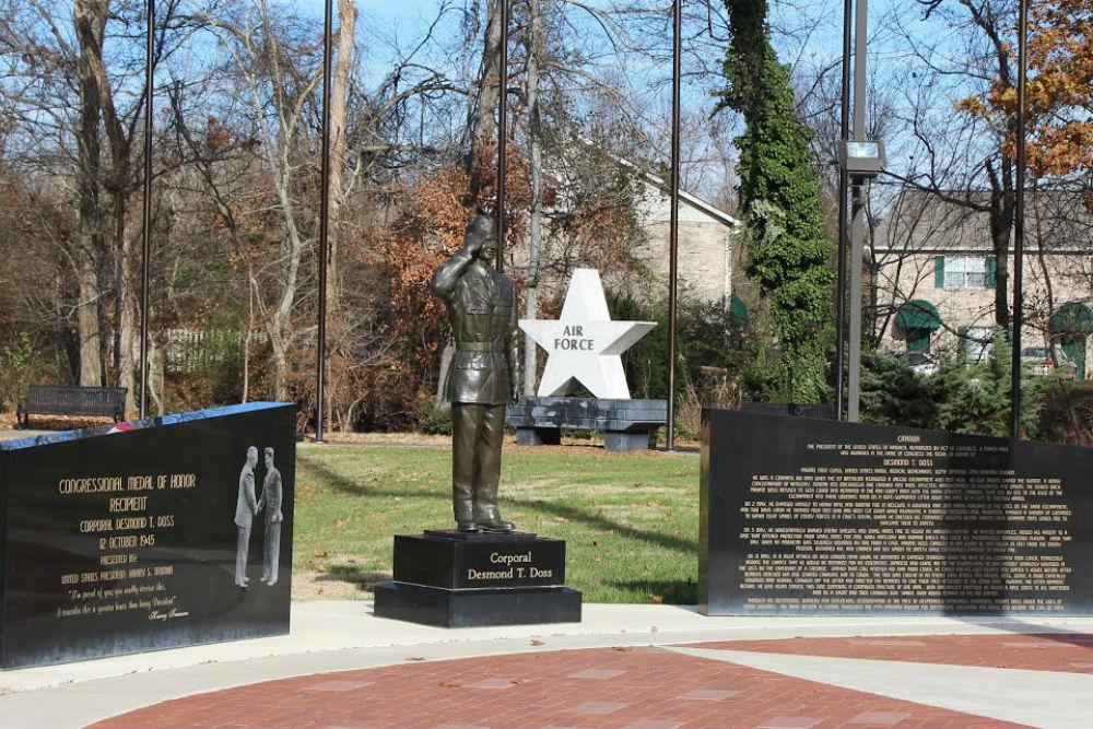 Monument Desmond T. Doss