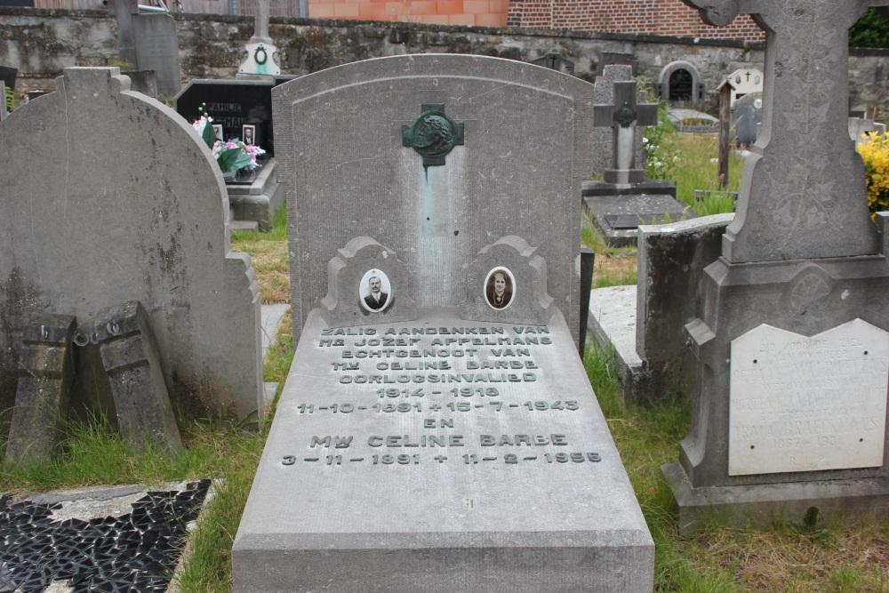 Graven Oudstrijders Oude Begraafplaats Pamel