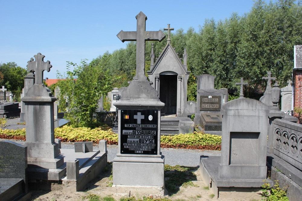 Belgian War Graves Rumbeke