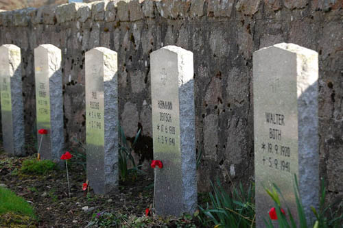 German War Graves Aberdeen-Dyce