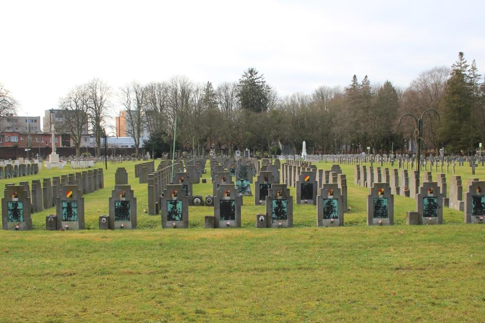 Belgische Oorlogsgraven Begraafplaats Robermont