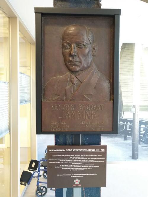 Memorial H.E. Jannink