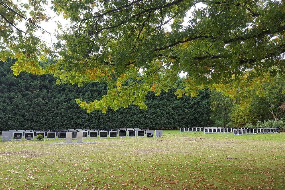Belgische Oorlogsgraven Cantincrode (Krijgsbaan)