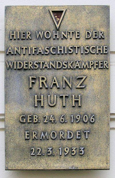 Plaque Franz Hut