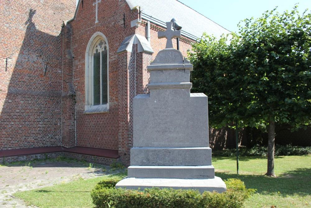 War Memorial Oekene