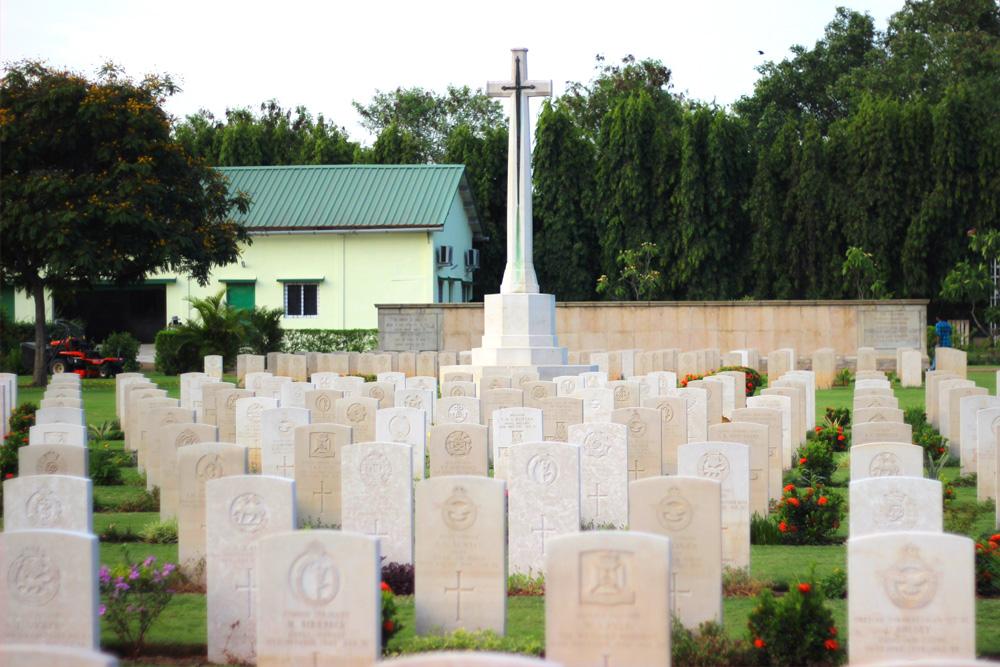 Pools Oorlogsgraf Madras War Cemetery
