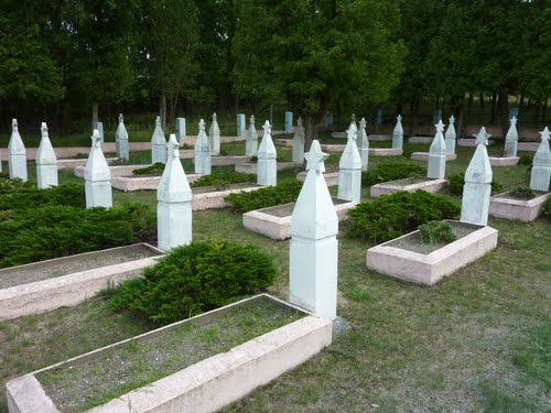 Oorlogsbegraafplaats Altwarp