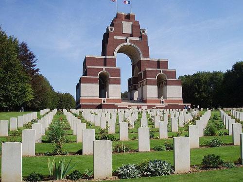 Anglo-Franse Oorlogsbegraafplaats Thiepval