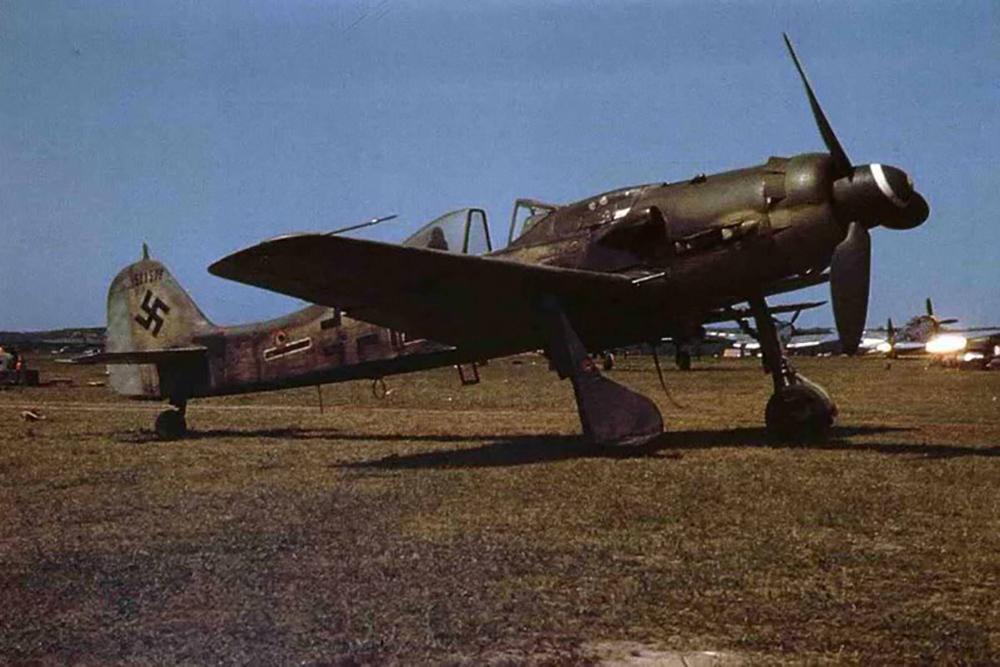 Crash Site Focke-Wulf Fw 190D-9 210087