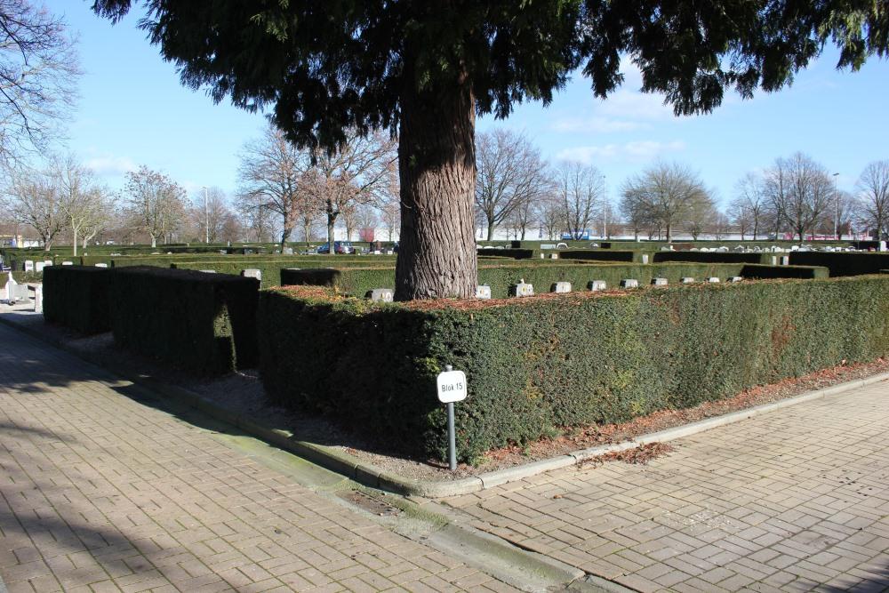 Graves War Veterans Schurhoven Sint-Truiden