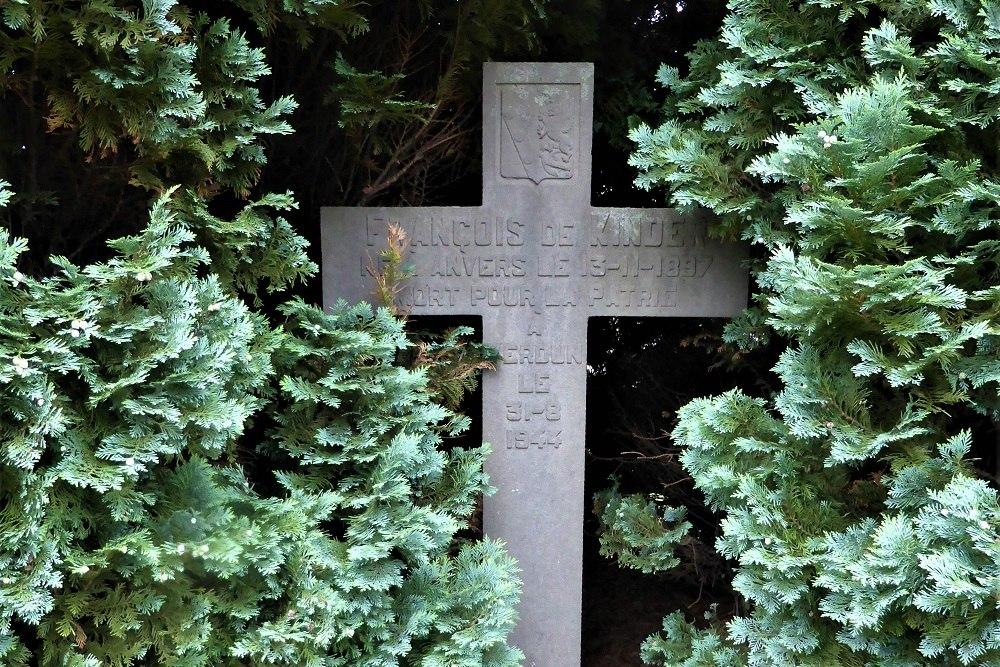 Belgisch Oorlogsgraf Begraafplaats Berchem