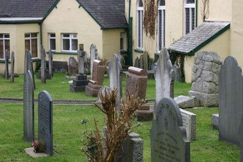 Commonwealth War Graves Braunton Methodist Chapelyard