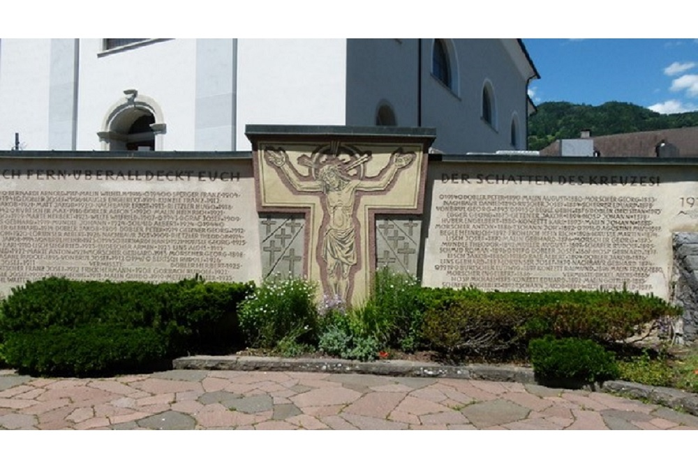 War Memorial Satteins