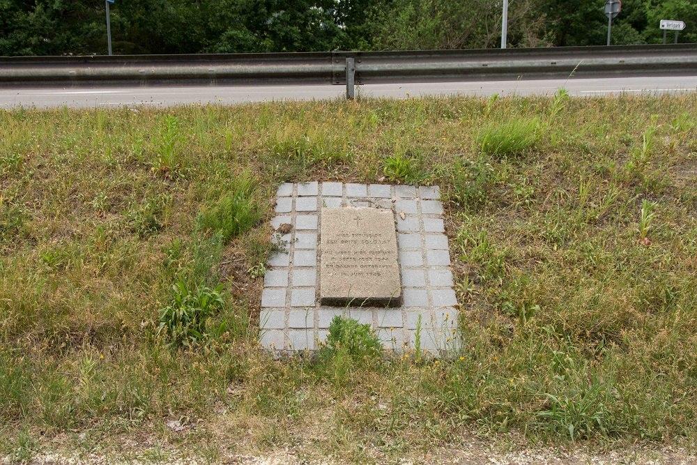 War Memorial British soldier