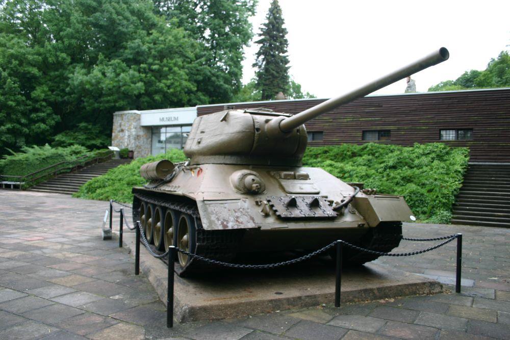 Russische Tank T34/85