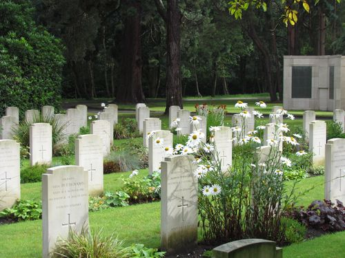 Italian War Graves Brookwood Military Cemetery