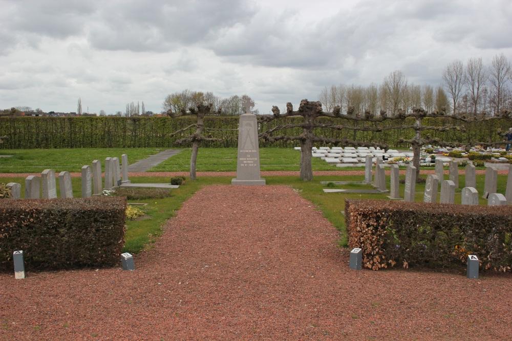 Memorial and Graves Veterans Ruddervoorde