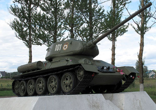 T-34/85 Tank Neva Bruggenhoofd