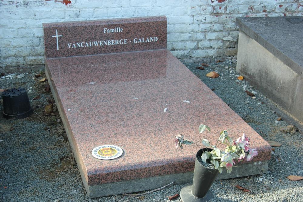Graven Oudstrijders Oude Gemeentelijke Begraafplaats Lessines