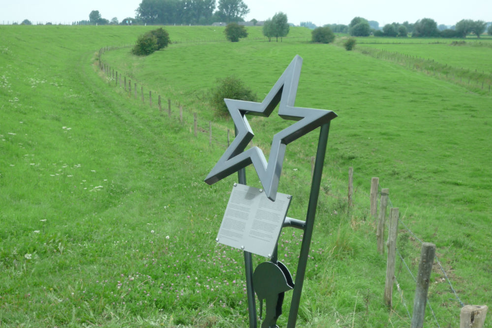 Crossroads Memorial Heteren