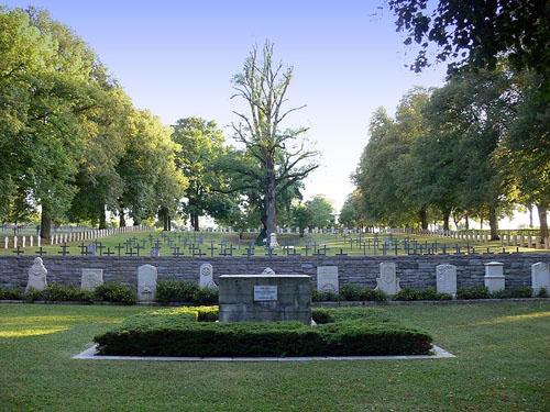 Duitse Oorlogsbegraafplaats Thiaucourt
