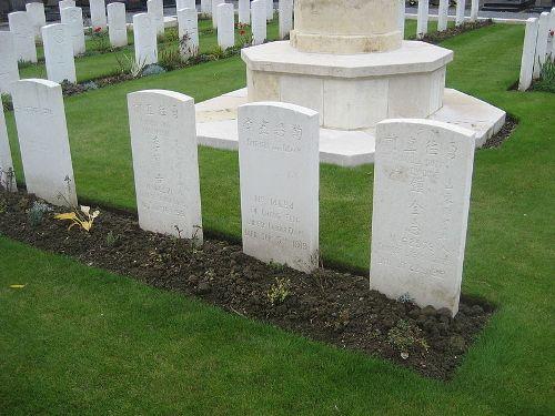 Oorlogsgraven van het Gemenebest Ascq