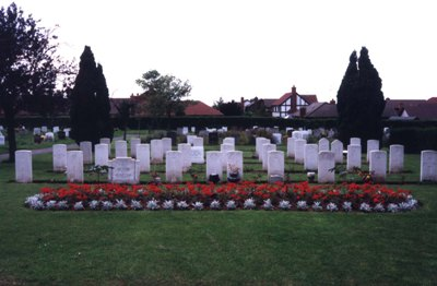 Commonwealth War Graves Cheltenham Cemetery