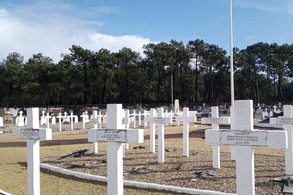 French Field of Honor Arcachon